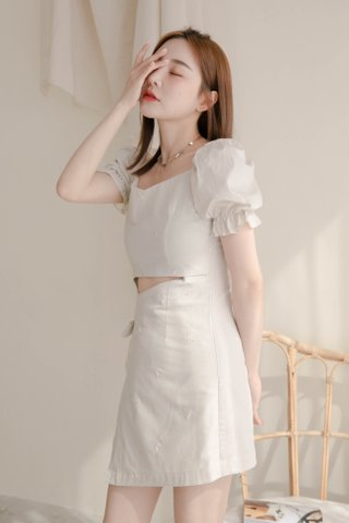 VERY VELY KR EMBROIDERY OVERLAP DRESS IN DUSTY MILK