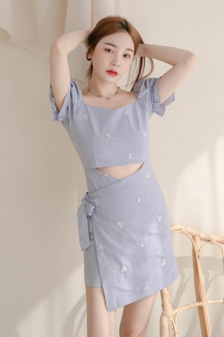 VERY VELY KR EMBROIDERY OVERLAP DRESS IN BABY BLUE