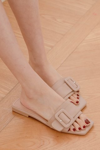 365 LATTE KR SQUARE BUCKLE SANDALS IN MUFFIN