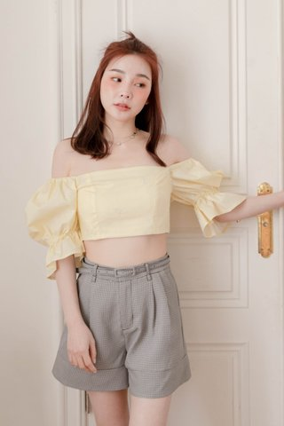 HONEY BAKED KR FLORAL EMBROIDERY TOP IN BUTTER