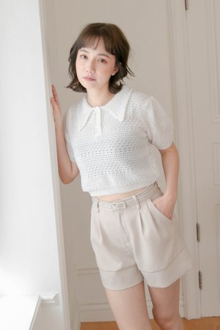 HONEY LOVE KR COLLAR KNIT TOP IN WHITE