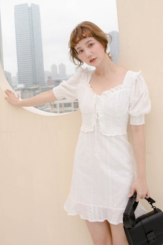 HONEY BAKED KR EYELET DRESS IN WHITE