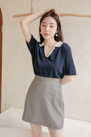 (BACKORDER) HONEY LOVE KR CONTRAST POLO KNIT TOP IN NAVY BLUE