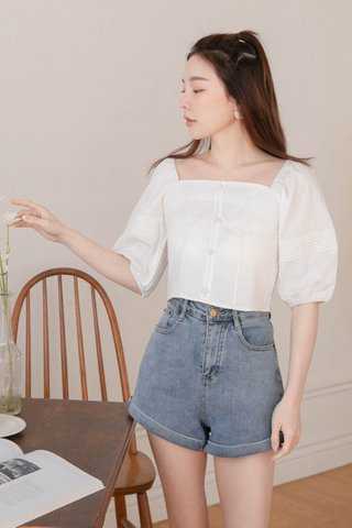 SOOH KR PLEATED SLEEVE TOP IN WHITE