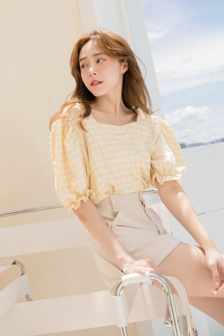 HOUTEE KR PUFFY SLEEVE CHECKED TOP IN HONEY LEMON